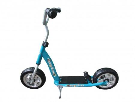 """10"""" otroški skiro z napihljivimi kolesi"""